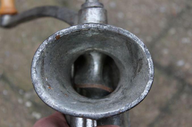 chantalharvey-grinder-artefiction