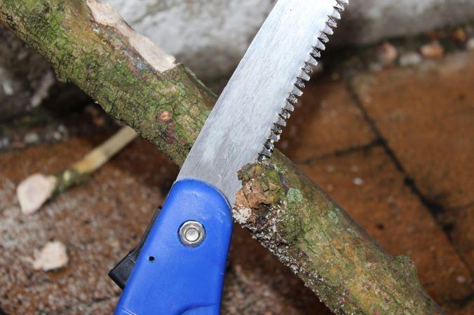 chantalharvey-sawing-artefiction